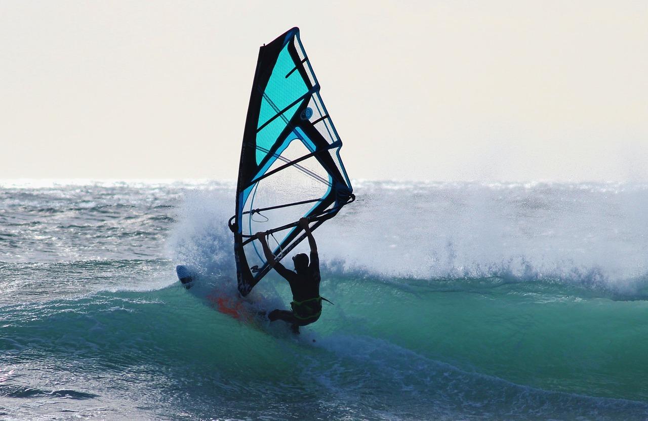 surfer-648995_1280