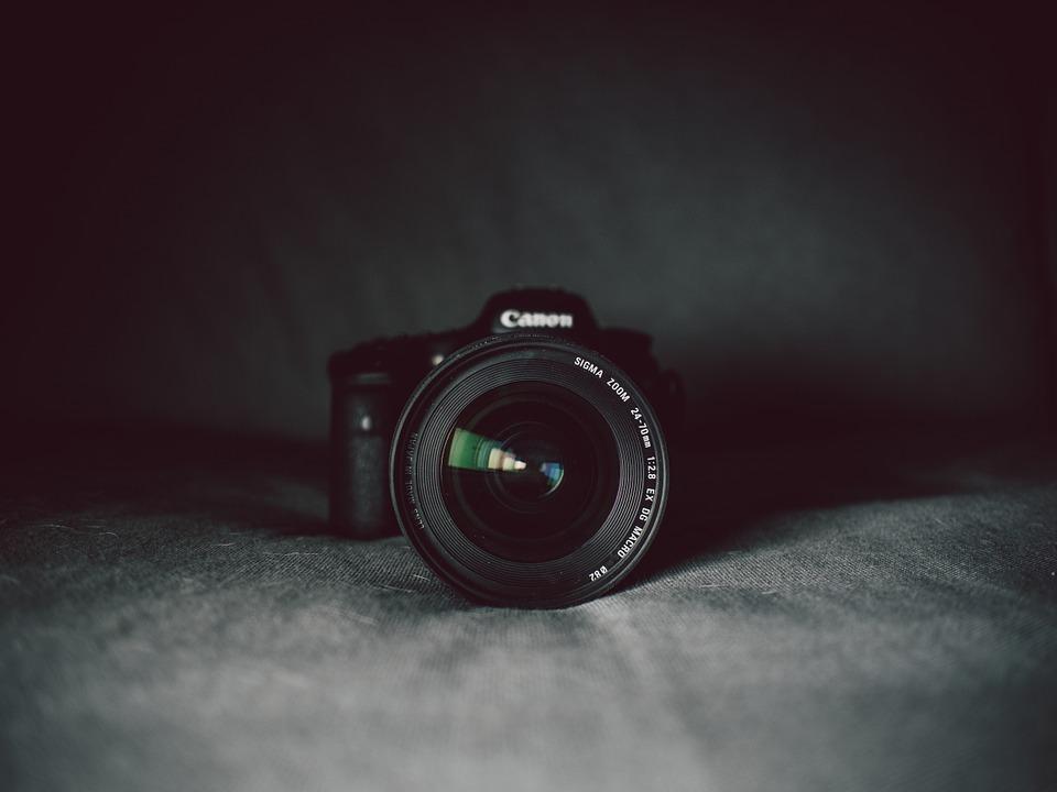 camera-819359_960_720