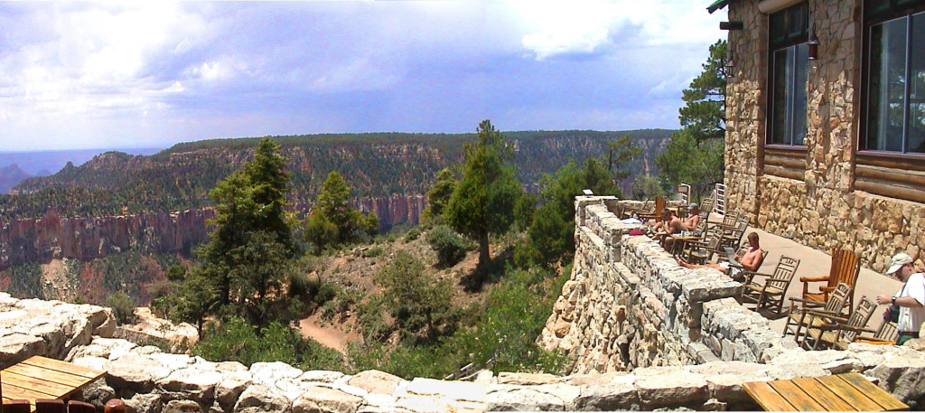 Grand_Canyon_view_from_Grand_Canyon_Lodge