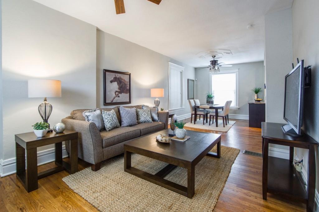 furniture-indoors-inside-1834723