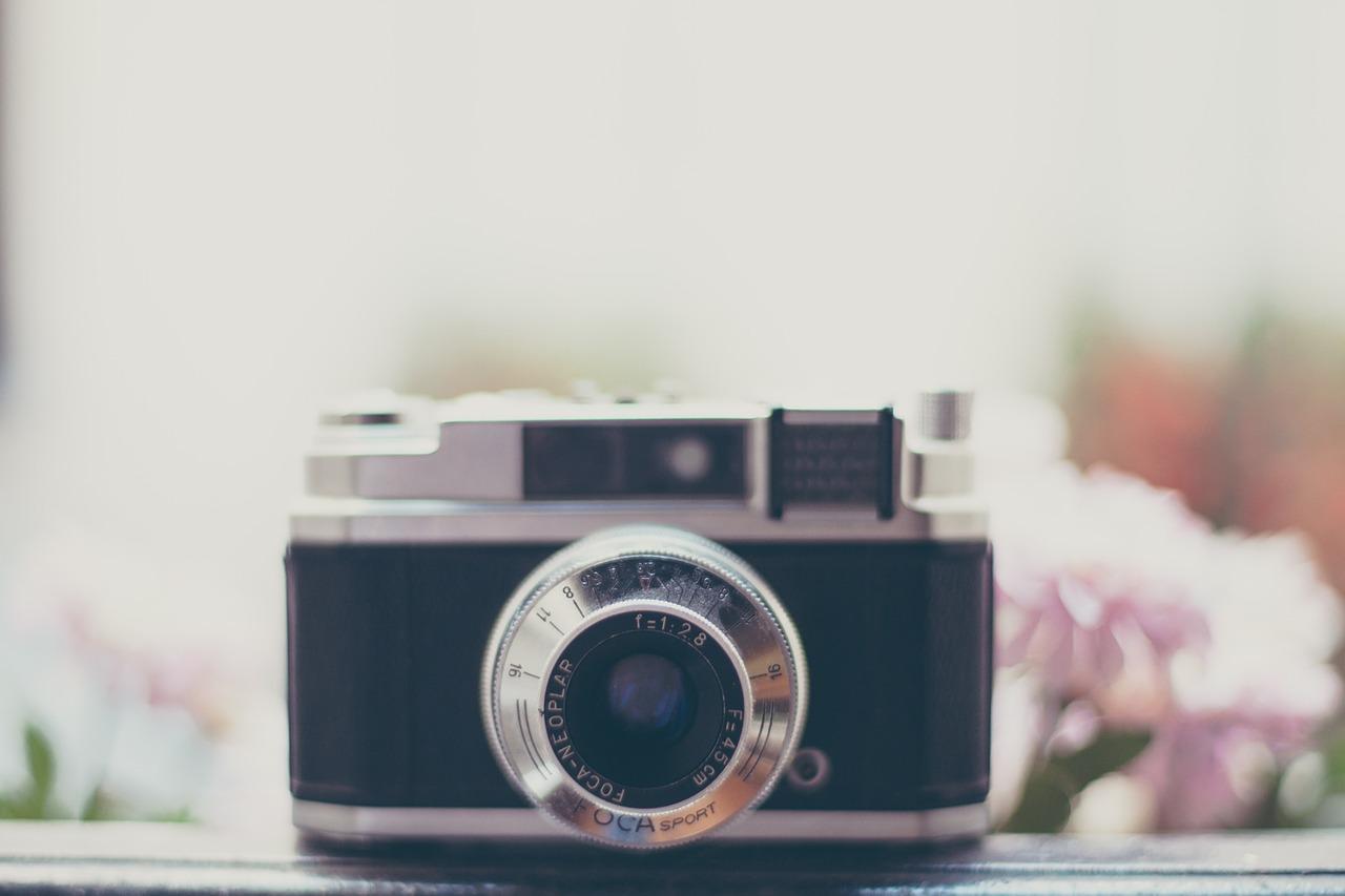 camera-828729_1280