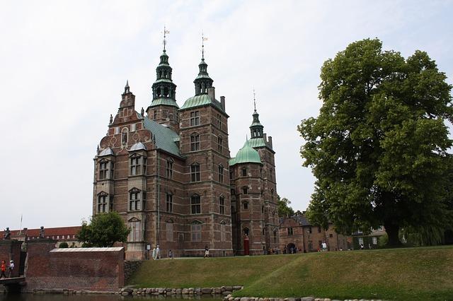 rosenborg-castle-893891_640