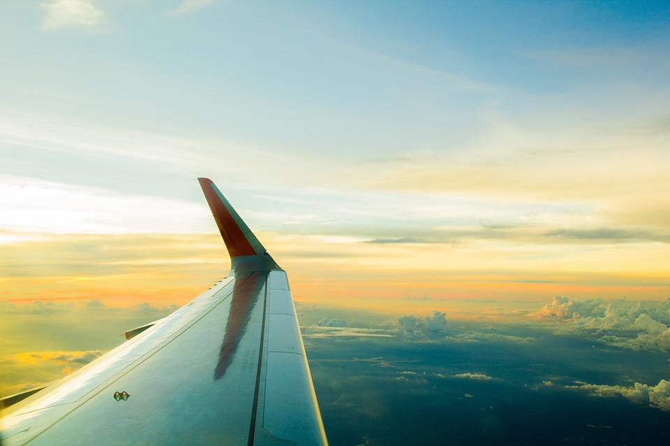 air-760325_960_720