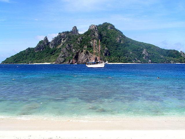 640px-Manu_Island,_Fiji