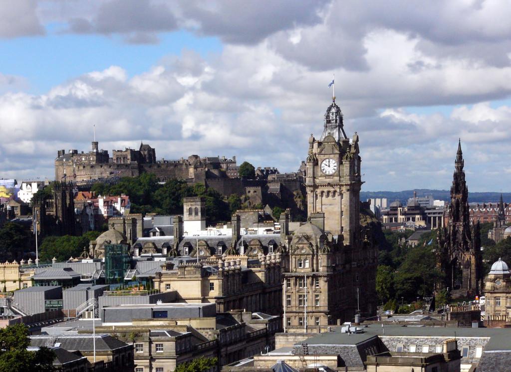 Edinburgh_Overview03