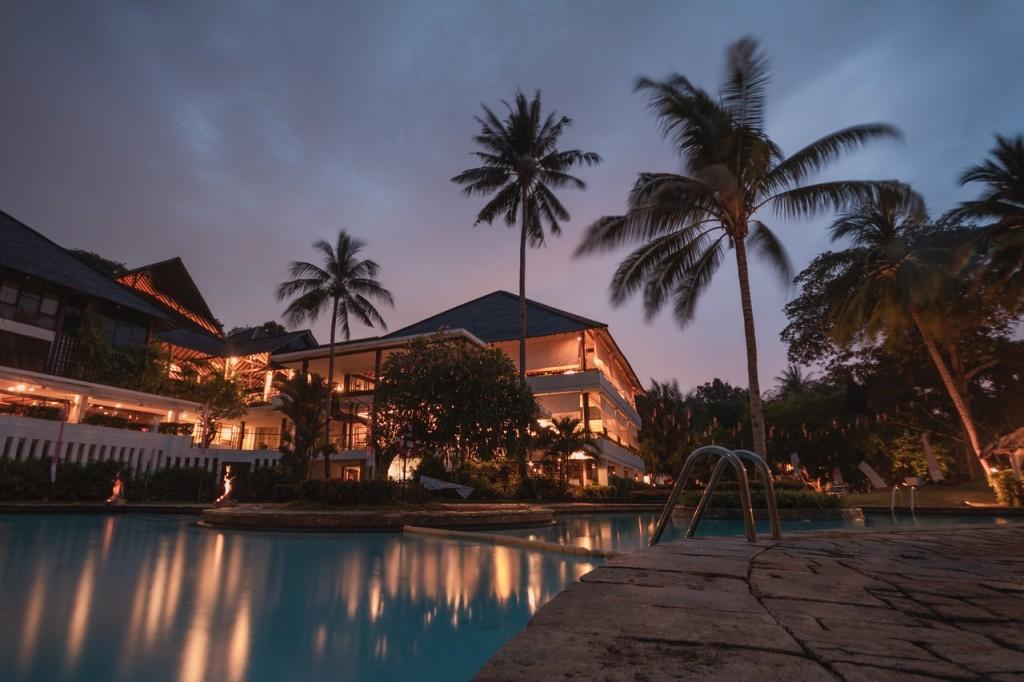 architecture-beach-building-258154